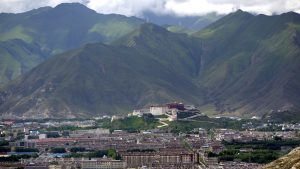 Lhasa_from_the_Pabonka_Monastery